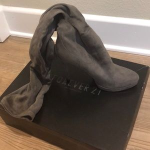 Forever 21 knee-high grey boots